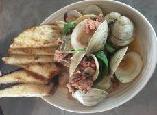 FarmTable Kitchen's Incredible, Edible Happy Hour…