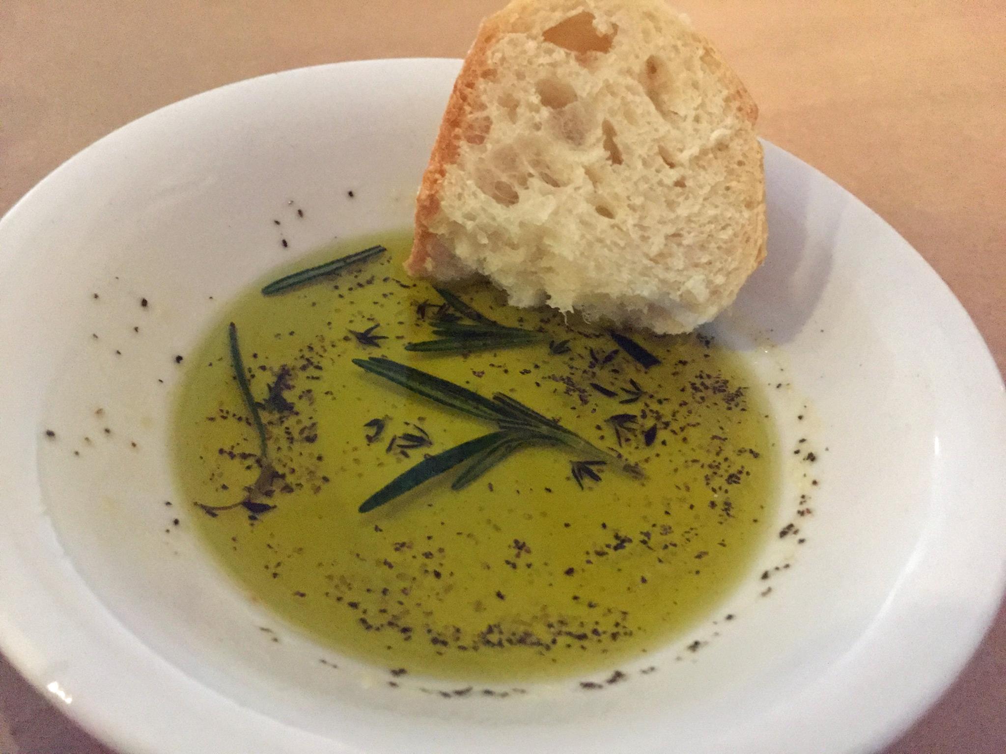 Sola Bistro Bread & Picual Olive Oil