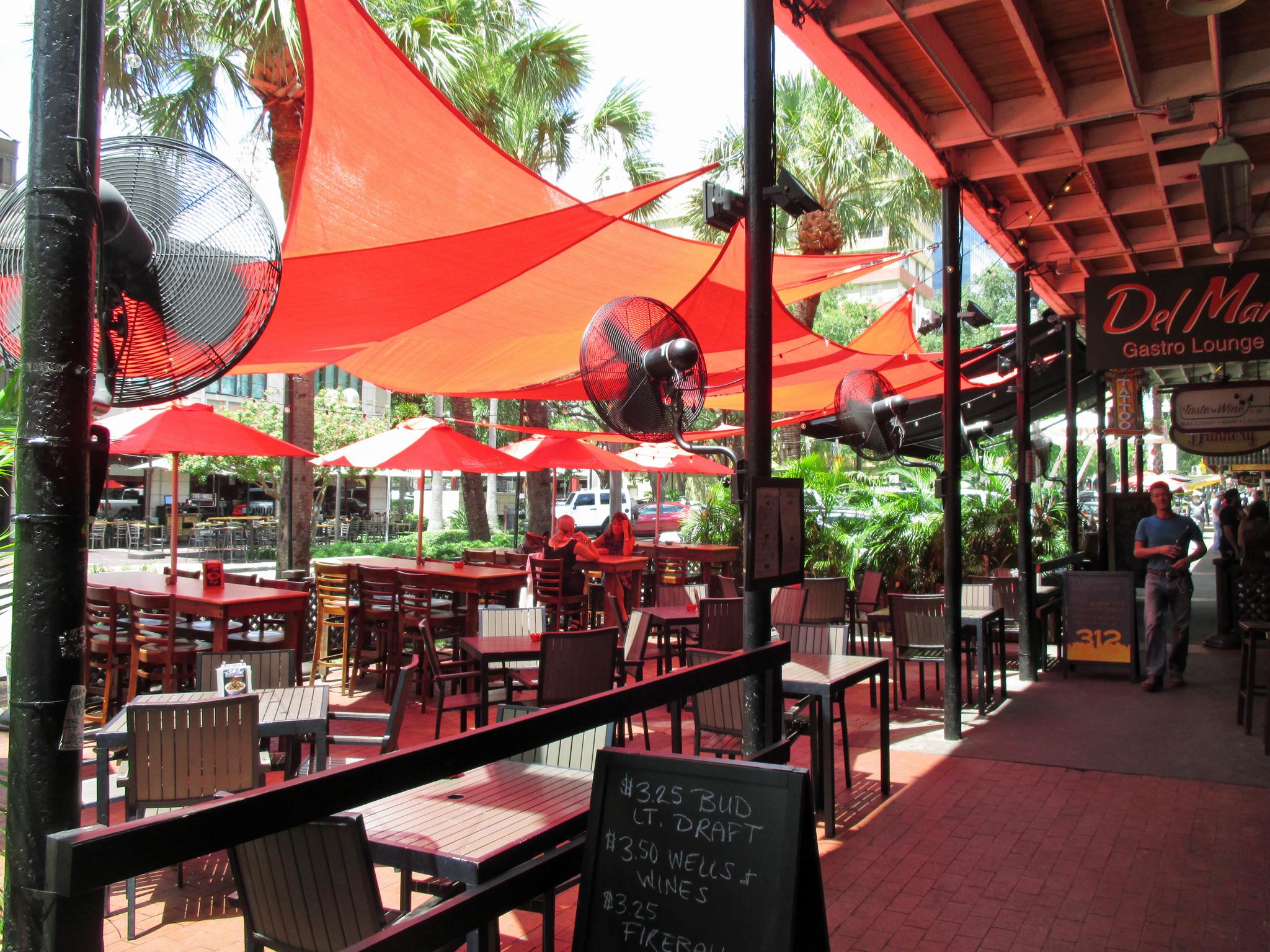 Del Mar Gastro Lounge