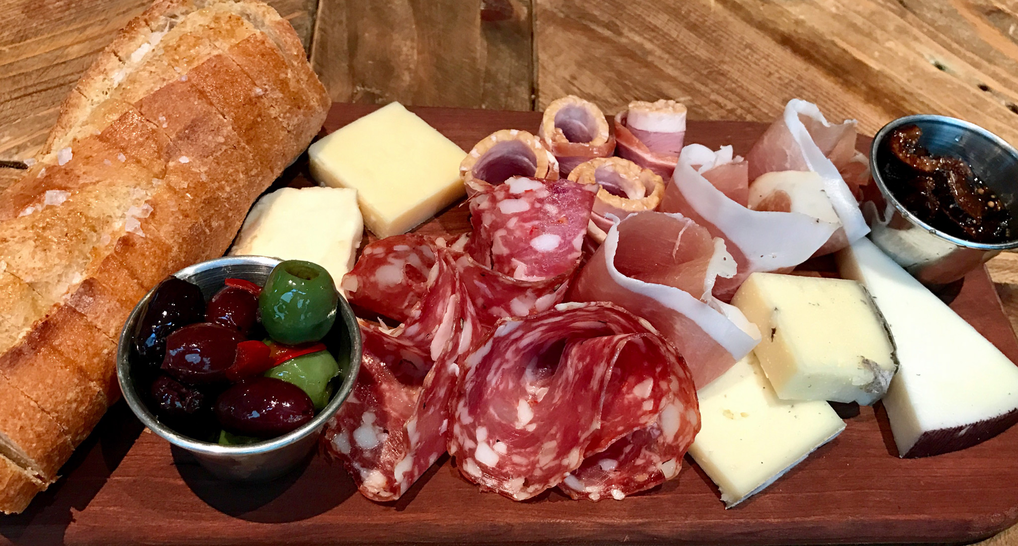 FarmTable Kitchen Cheese & Charcuterie