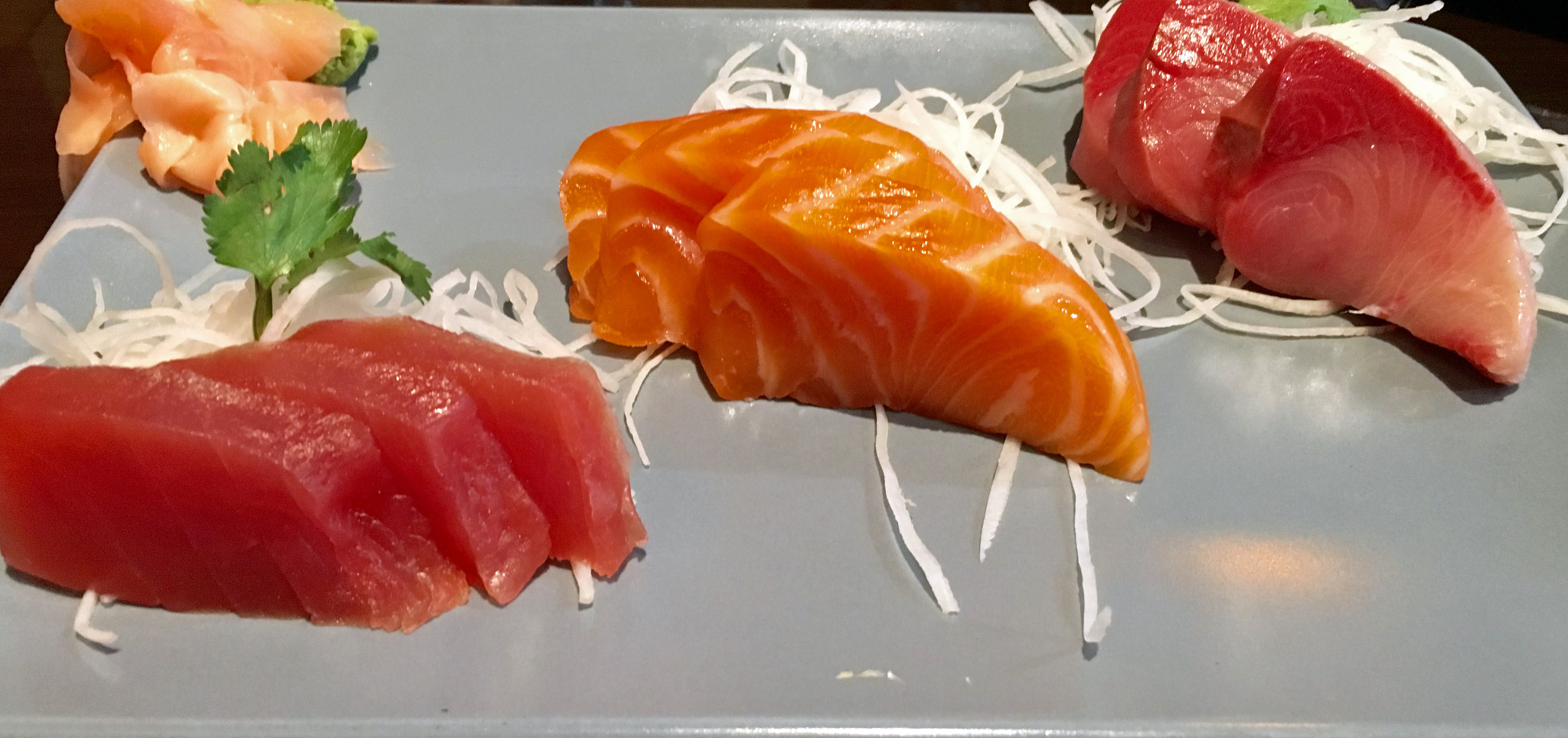 SASHIMI APPETIZER |- Sliced tuna, salmon and yellowtail