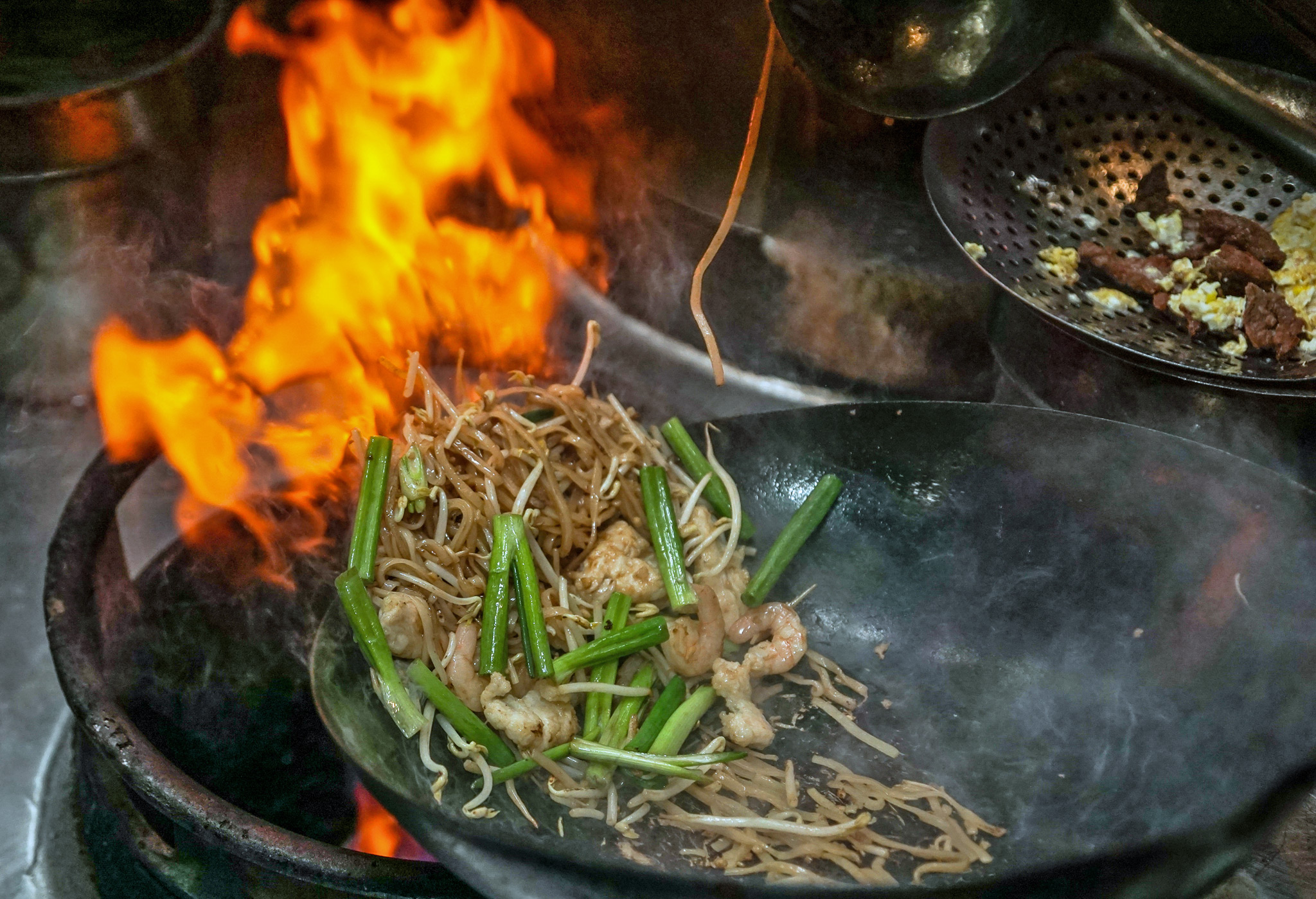 Woks Cook at 800°- 900°