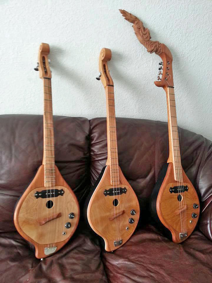 "Pin ""Guitars"" Made by Roger Rattanachane"