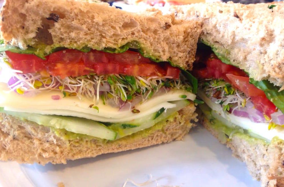 Lonni's Vegetarian Sandwich
