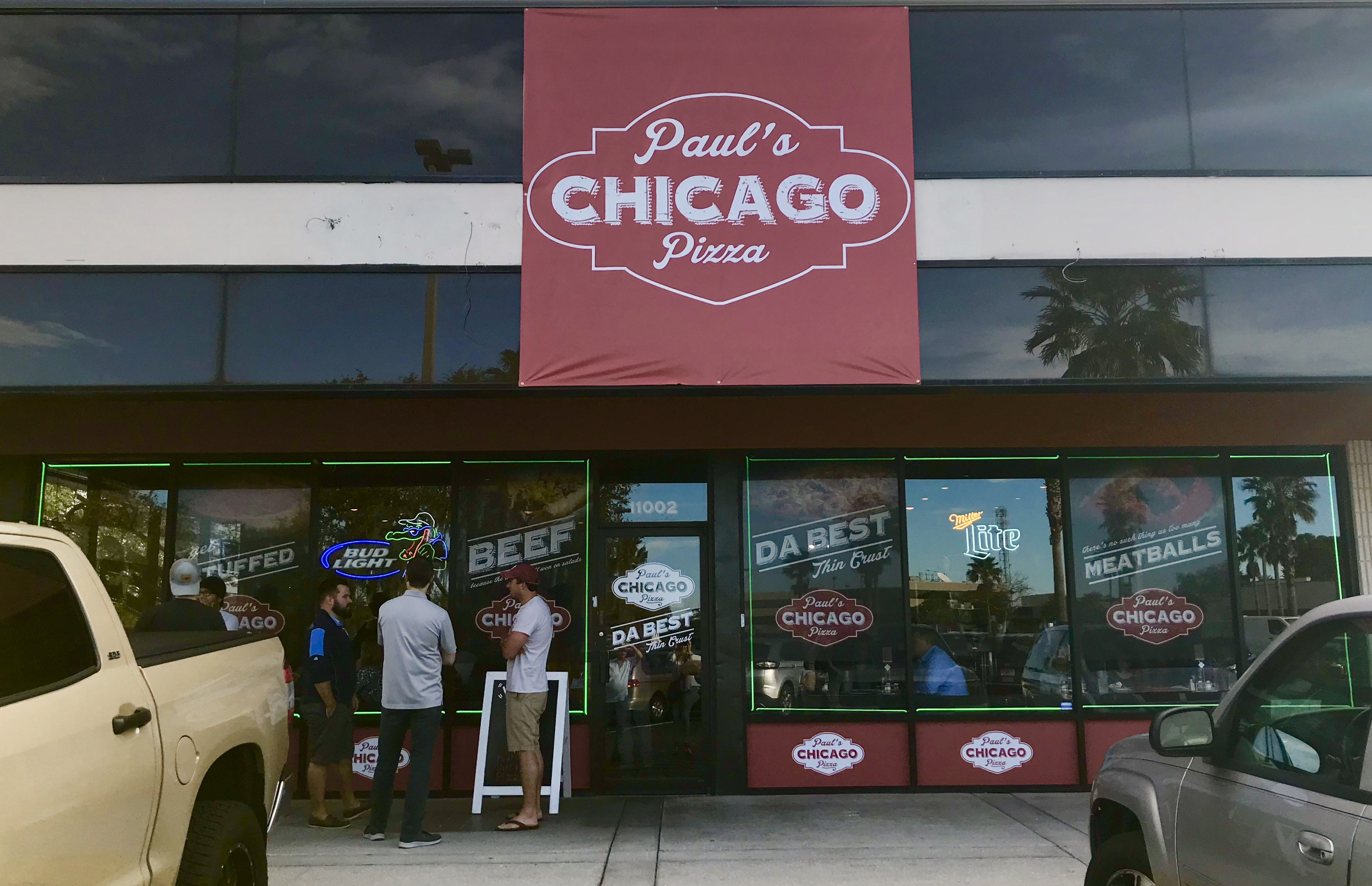 Paul's Chicago Pizza Front