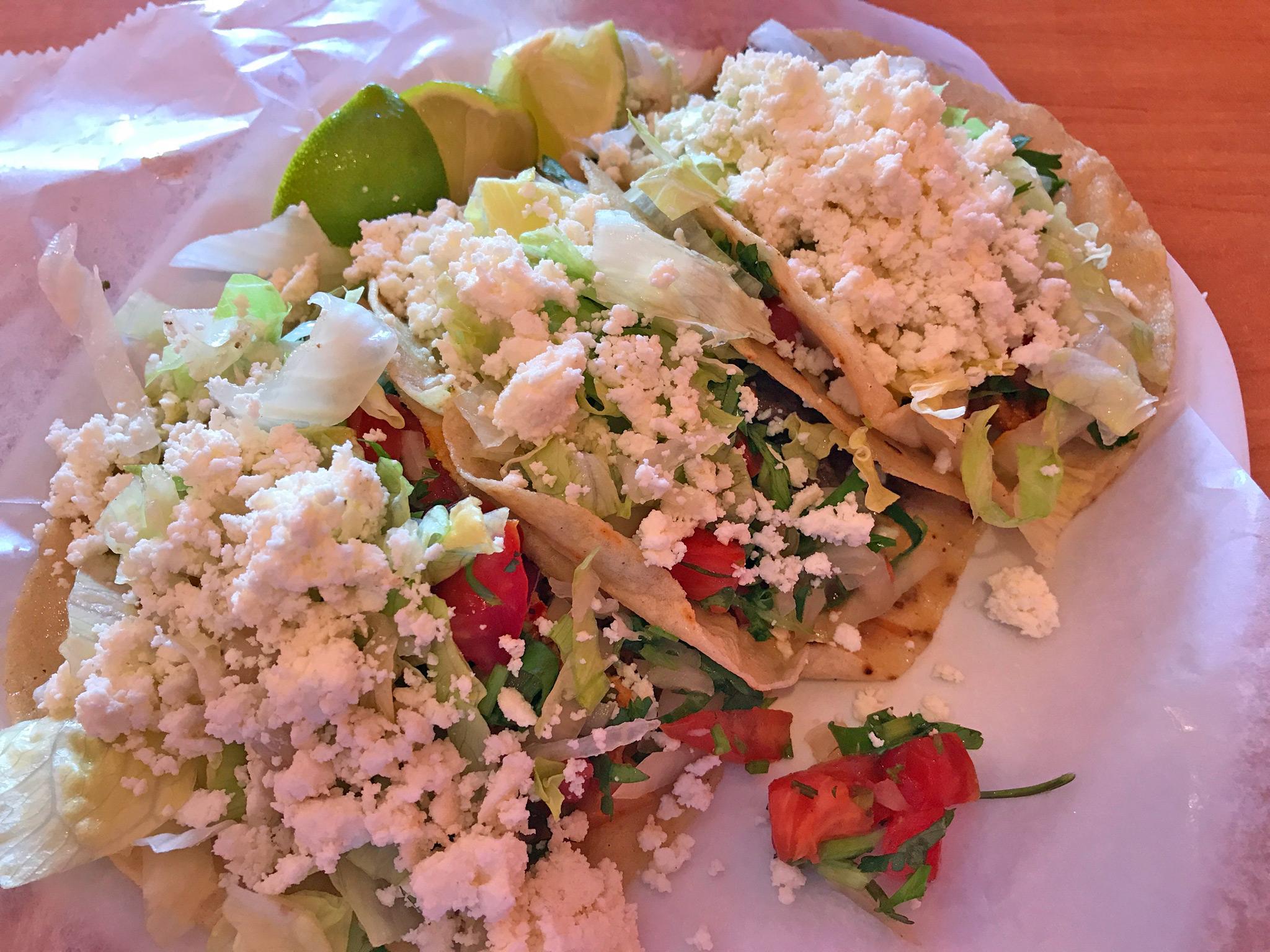 Tacos at El Huarache Veloz