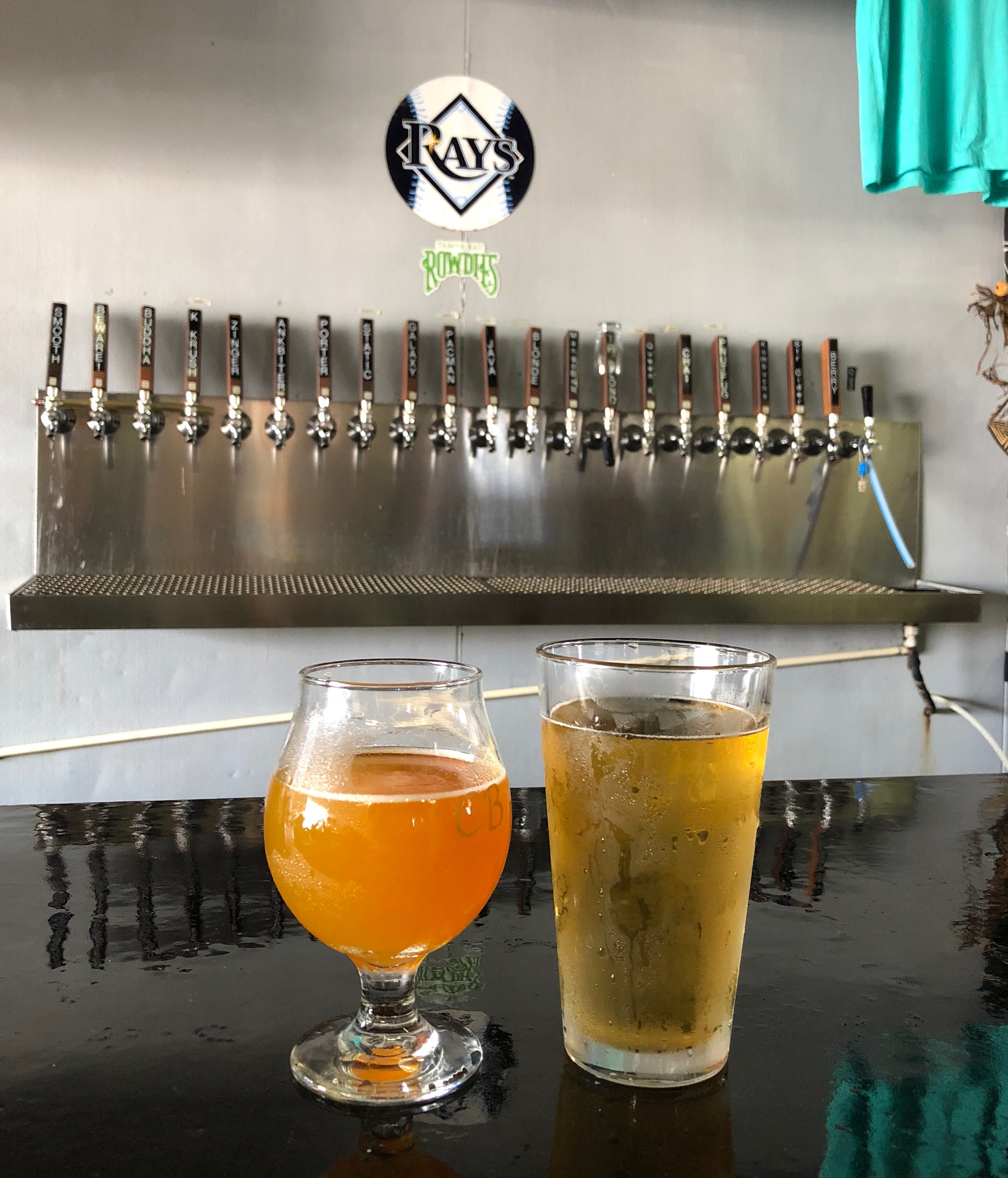 Queen Krush and Blonde Ale at Cage Brewing