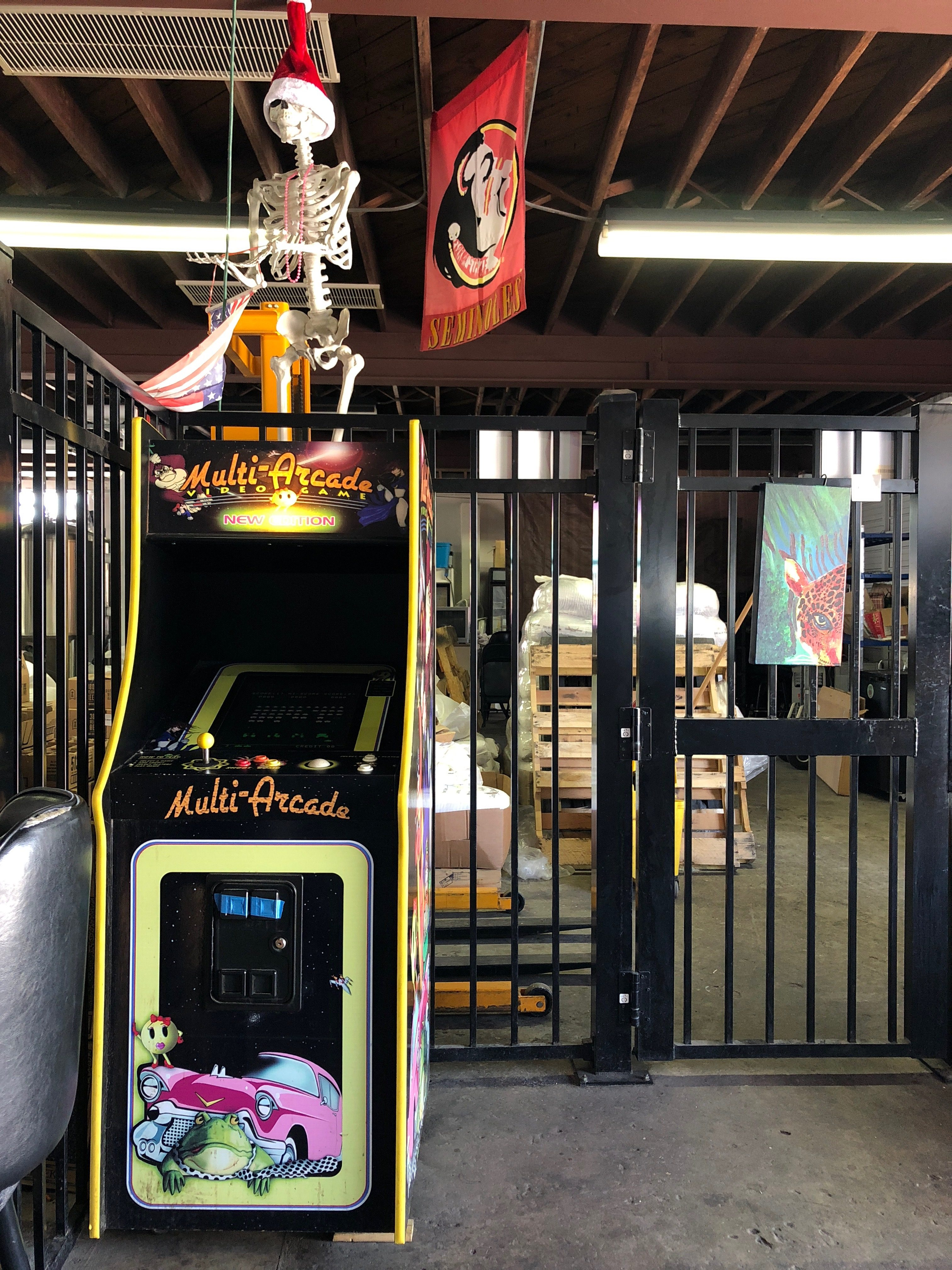 Arcade Games at Cage Brewing