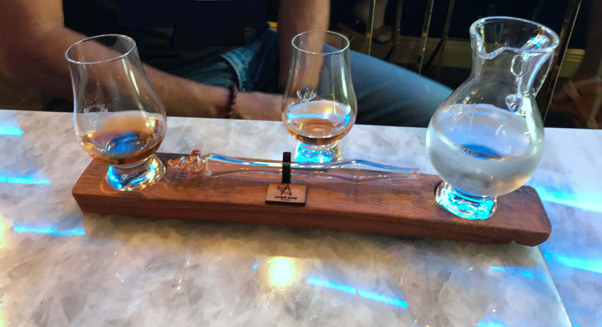 Whisky Server with two Glencairn Whisky Glasses and Water Dropper