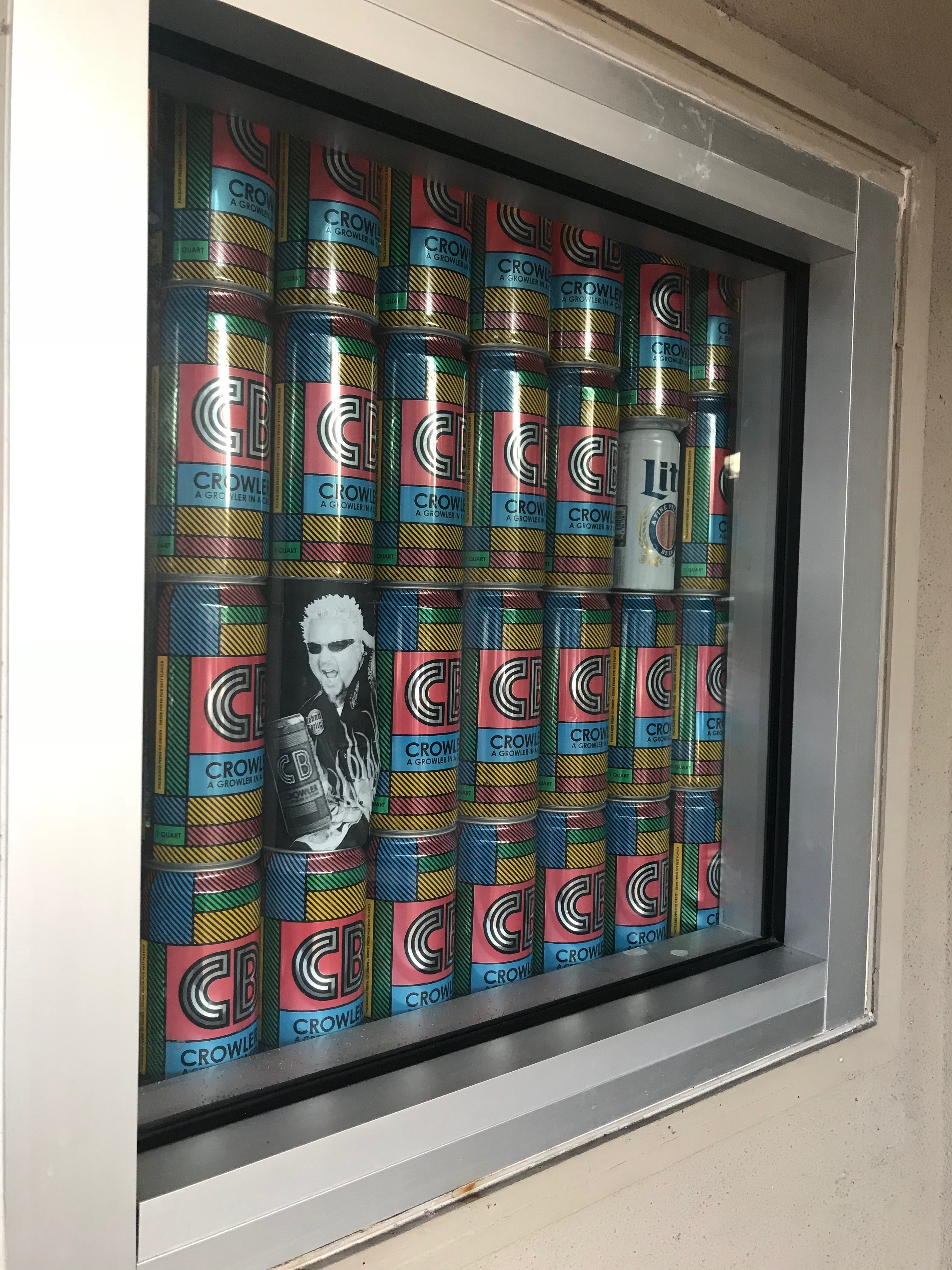 Crowler display outside of Cycle