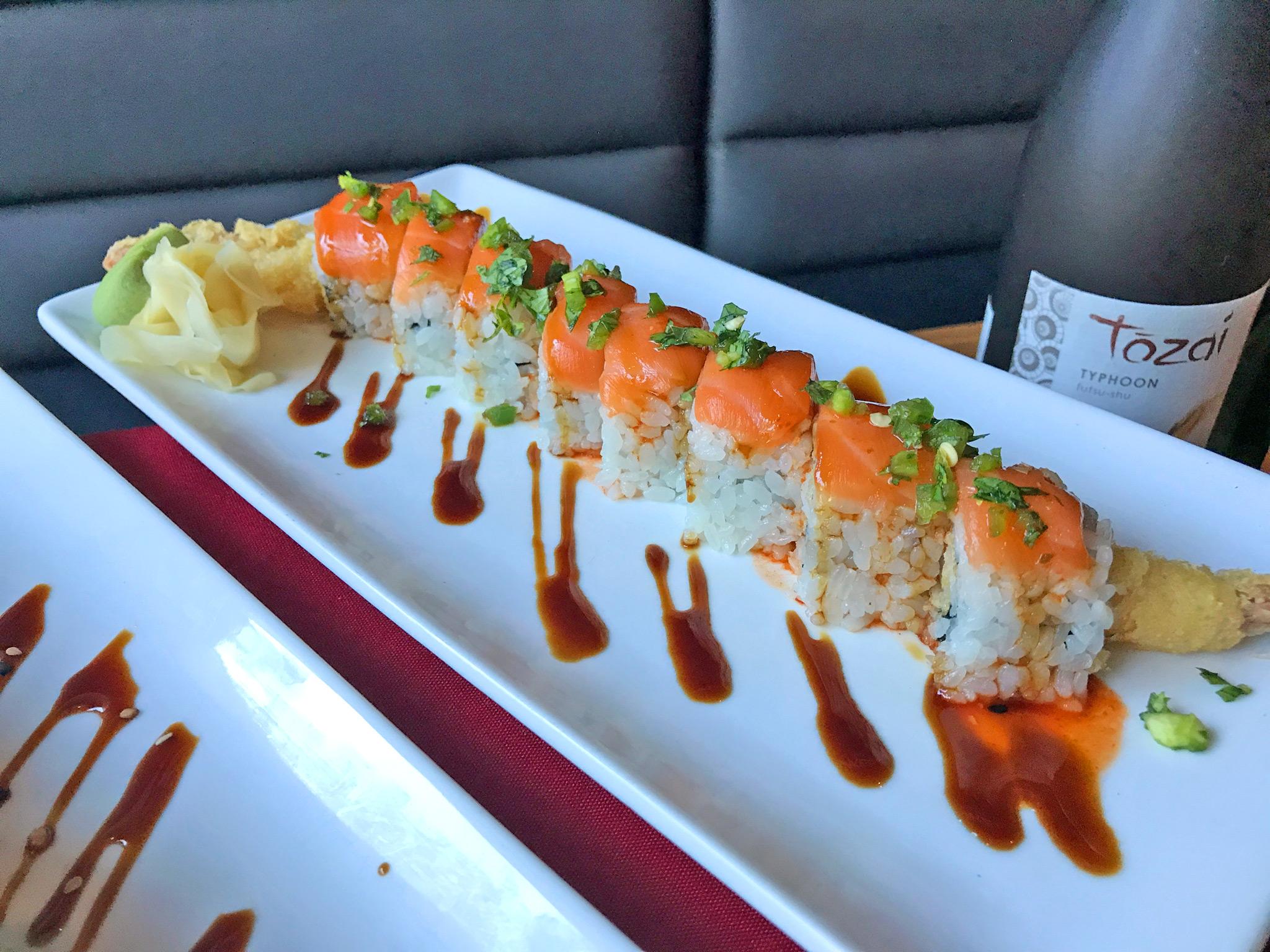 23 Dragons - tempura shrimp / salmon / avocado / eel sauce / jalapeño / cilantro