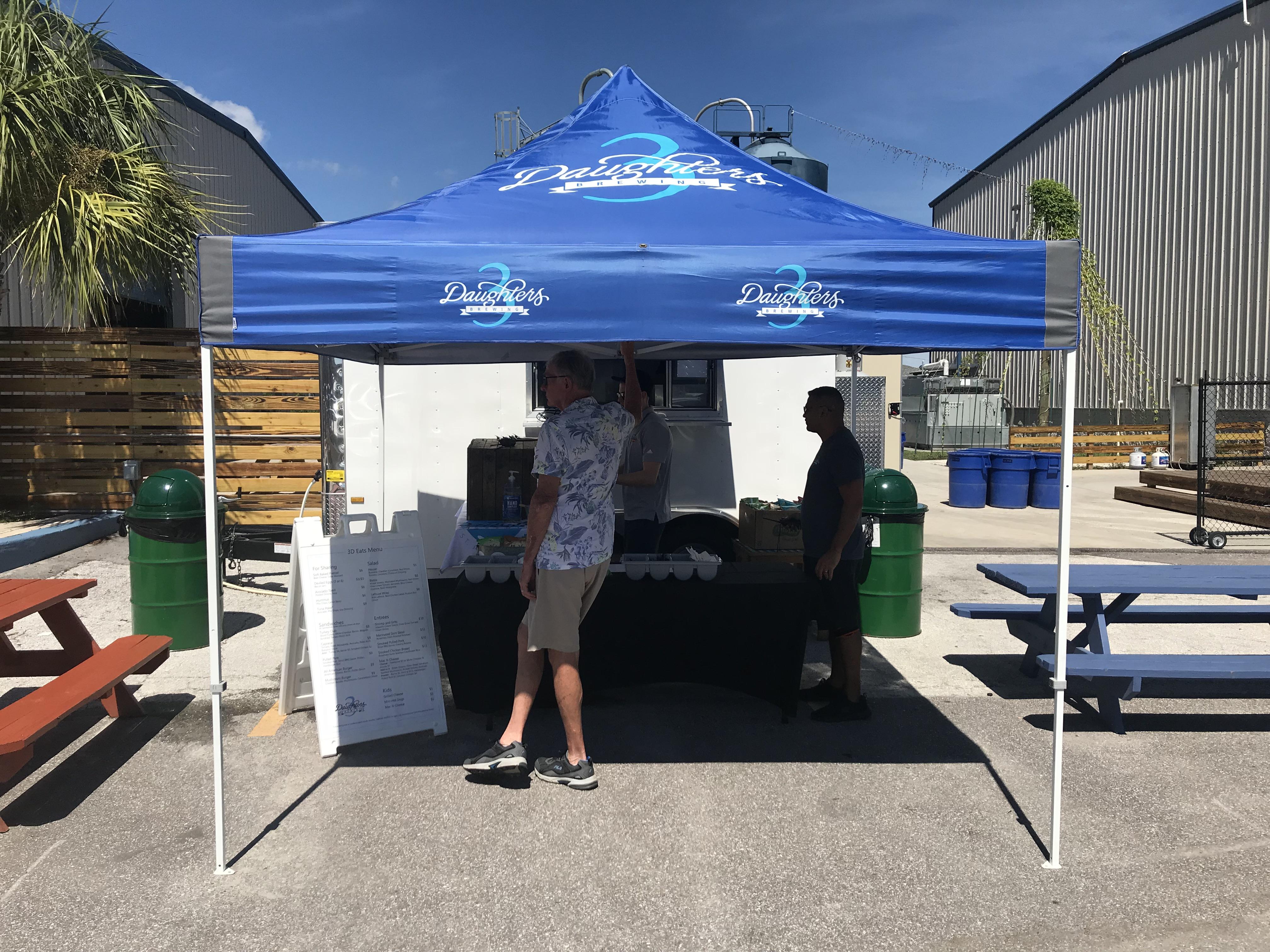 3D Food Truck outside setup