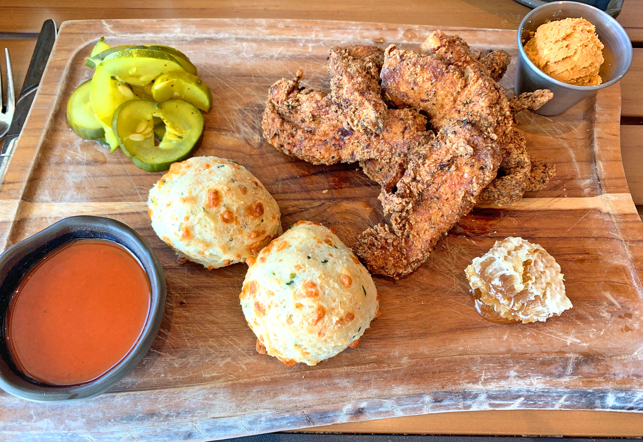 Paul's Fried Chicken & Biscuits