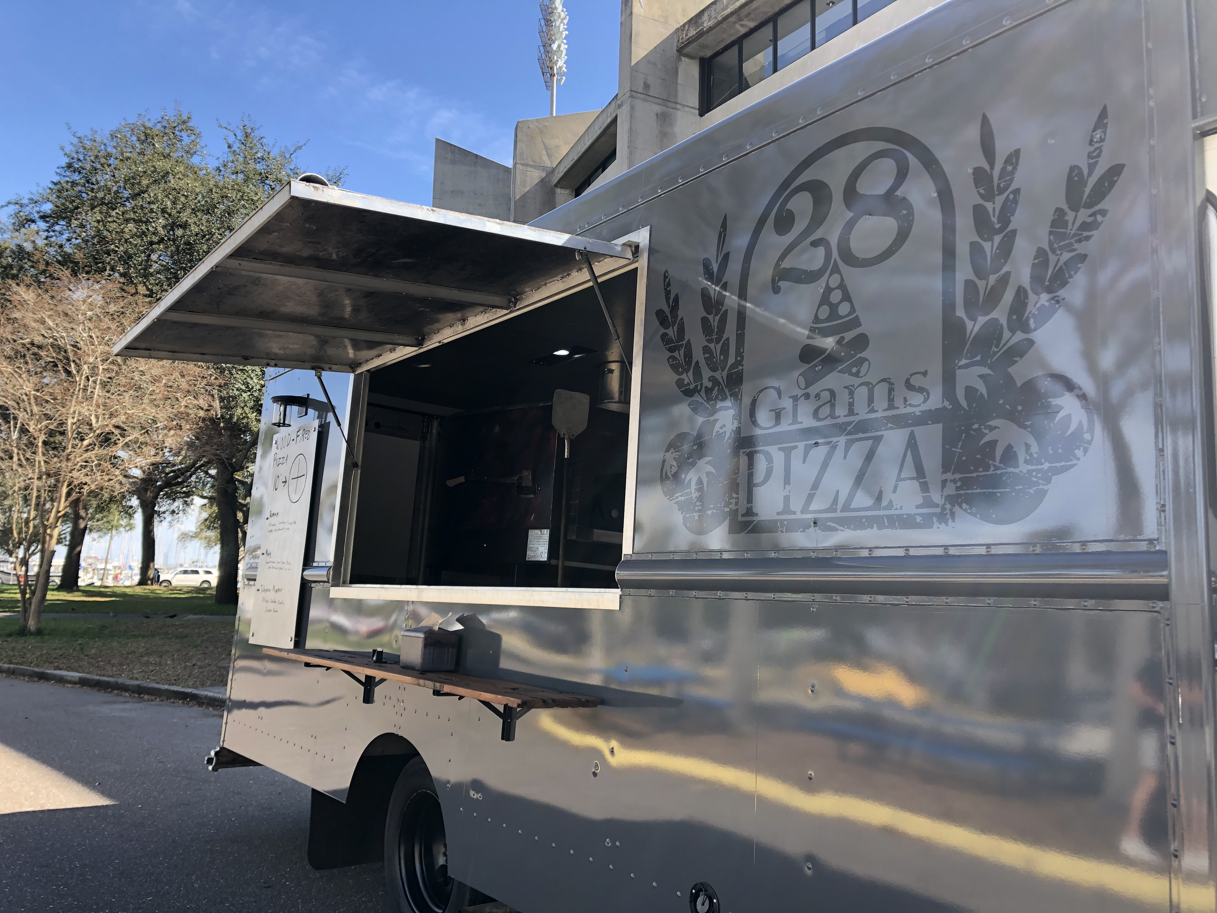 28 Grams Food Truck