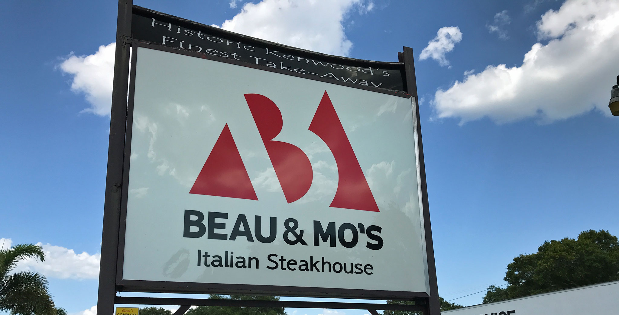 Beau & Mo's Chicago Style Steakhouse
