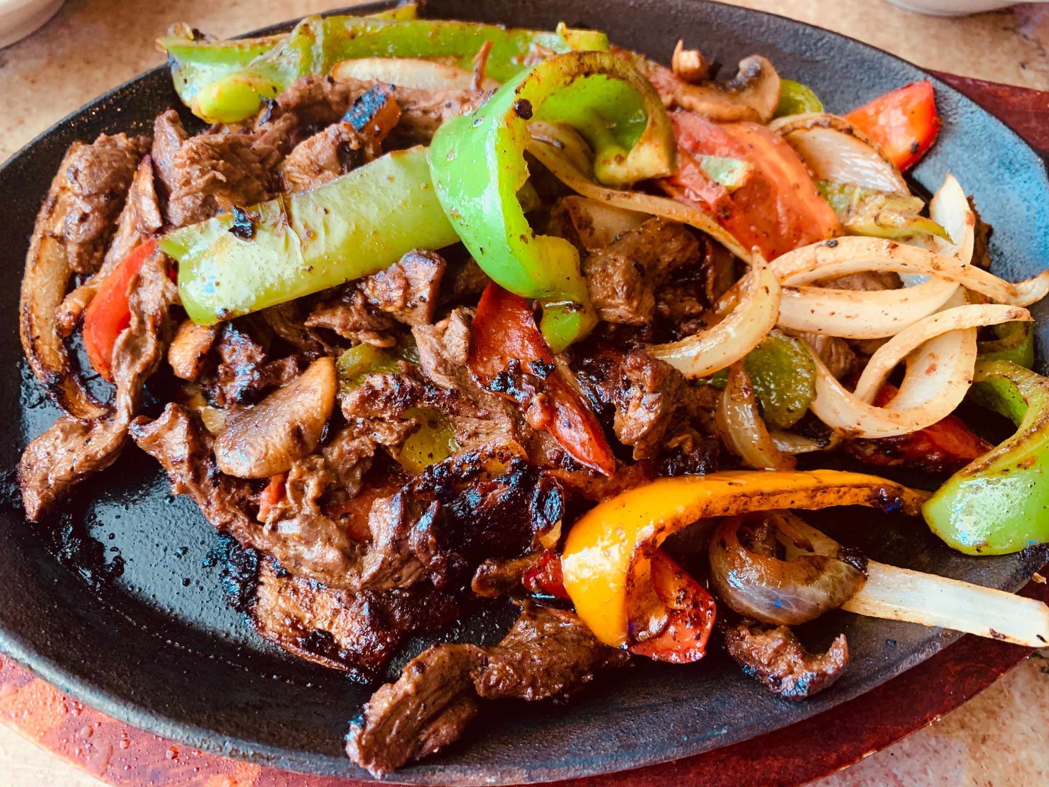 Steak Fajitas at Que Pasa