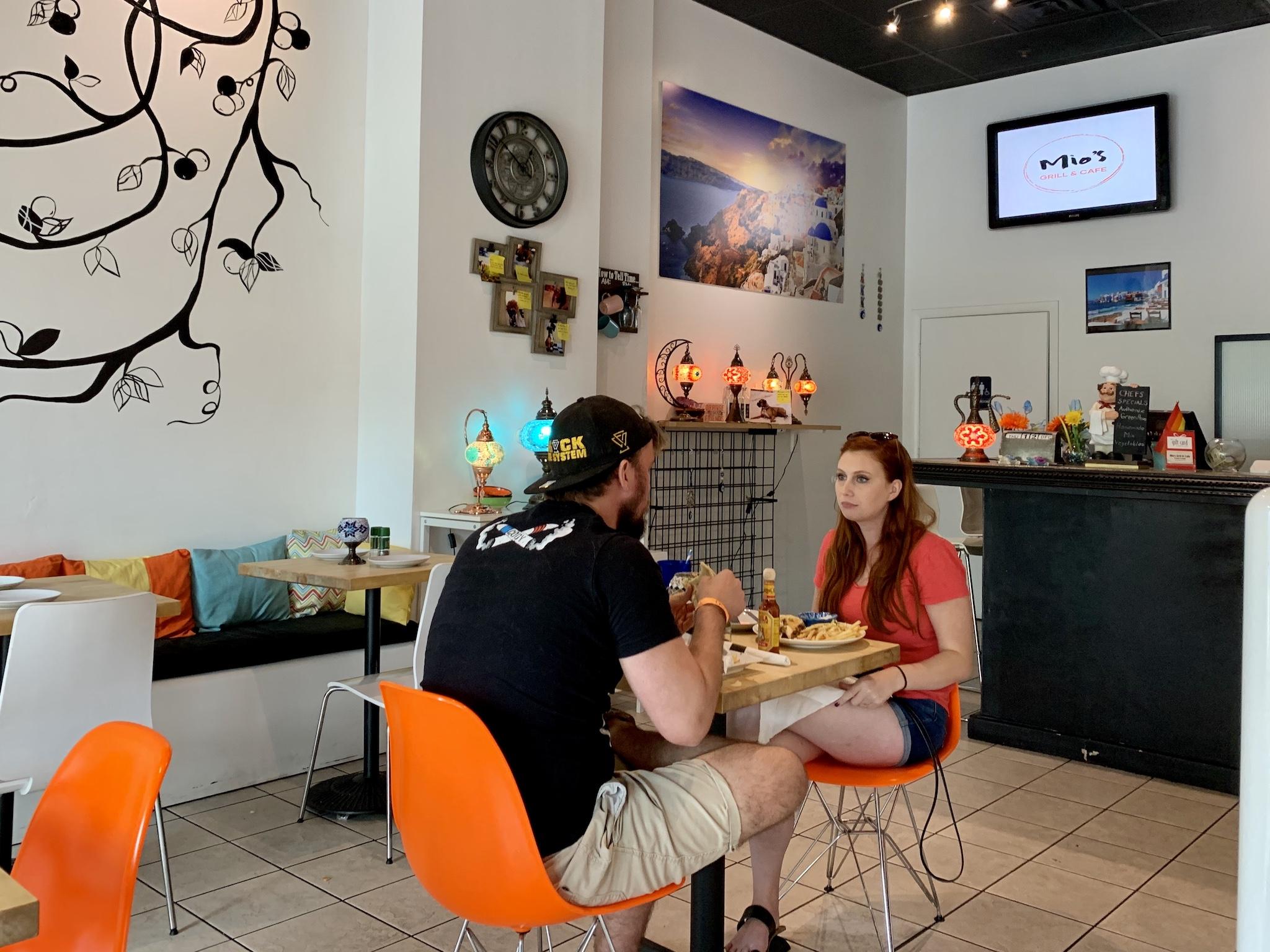 Mio's Grill & Cafe More Interior