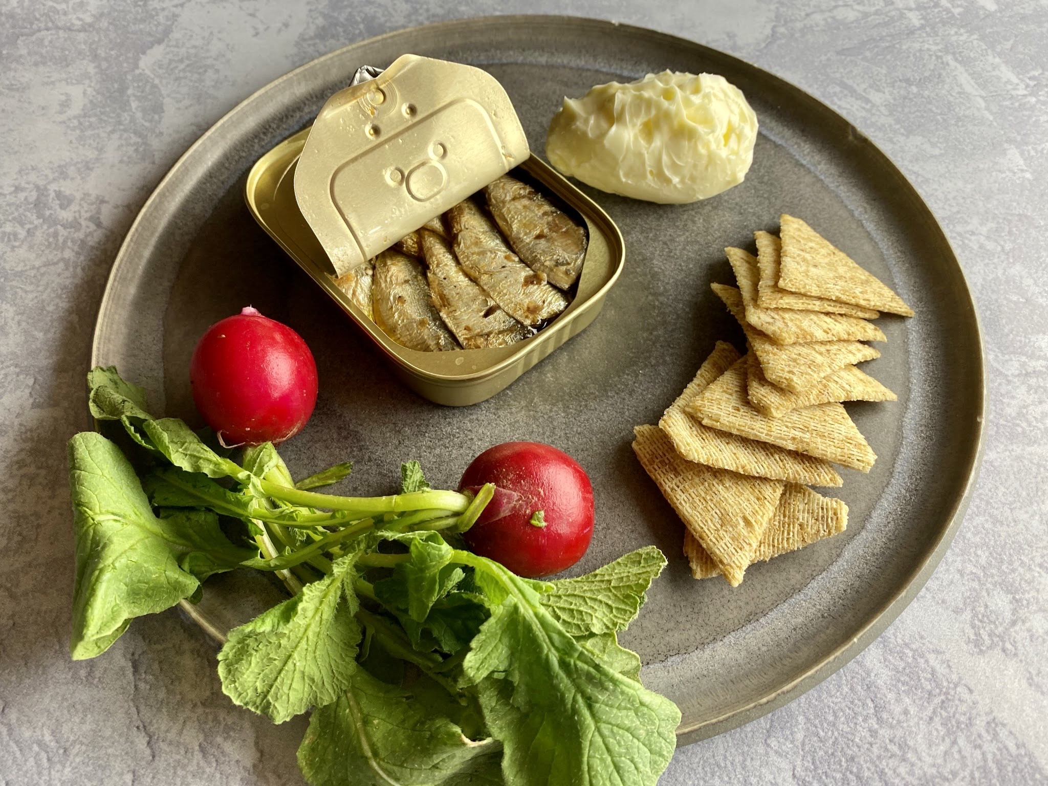 Two Graces - Sardines with salted butter, radishes and triscuits