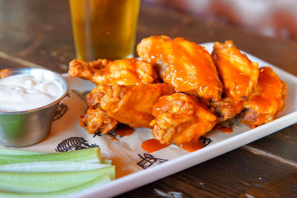 The Avenue Buffalo Wings