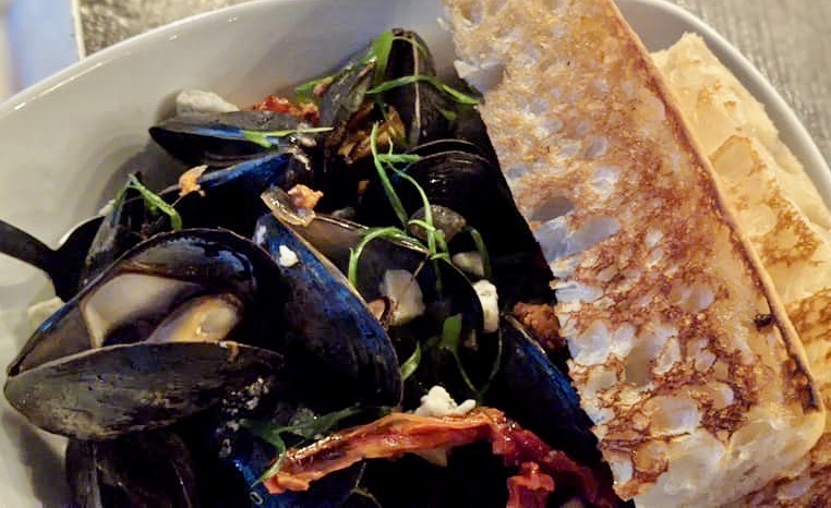 Steamed PEI Mussels with Sherry and Chorizo