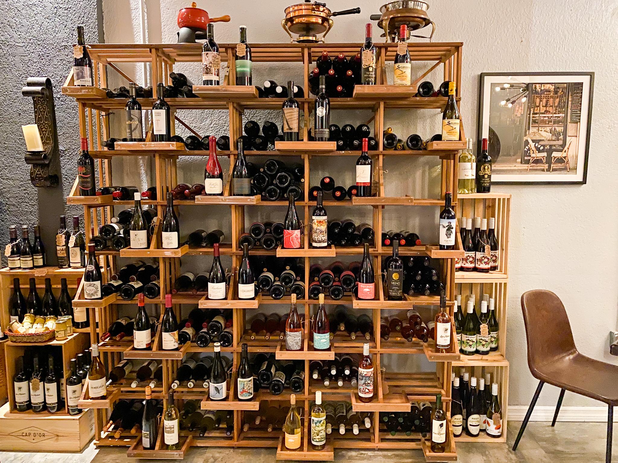 Must Wine Loft Interior