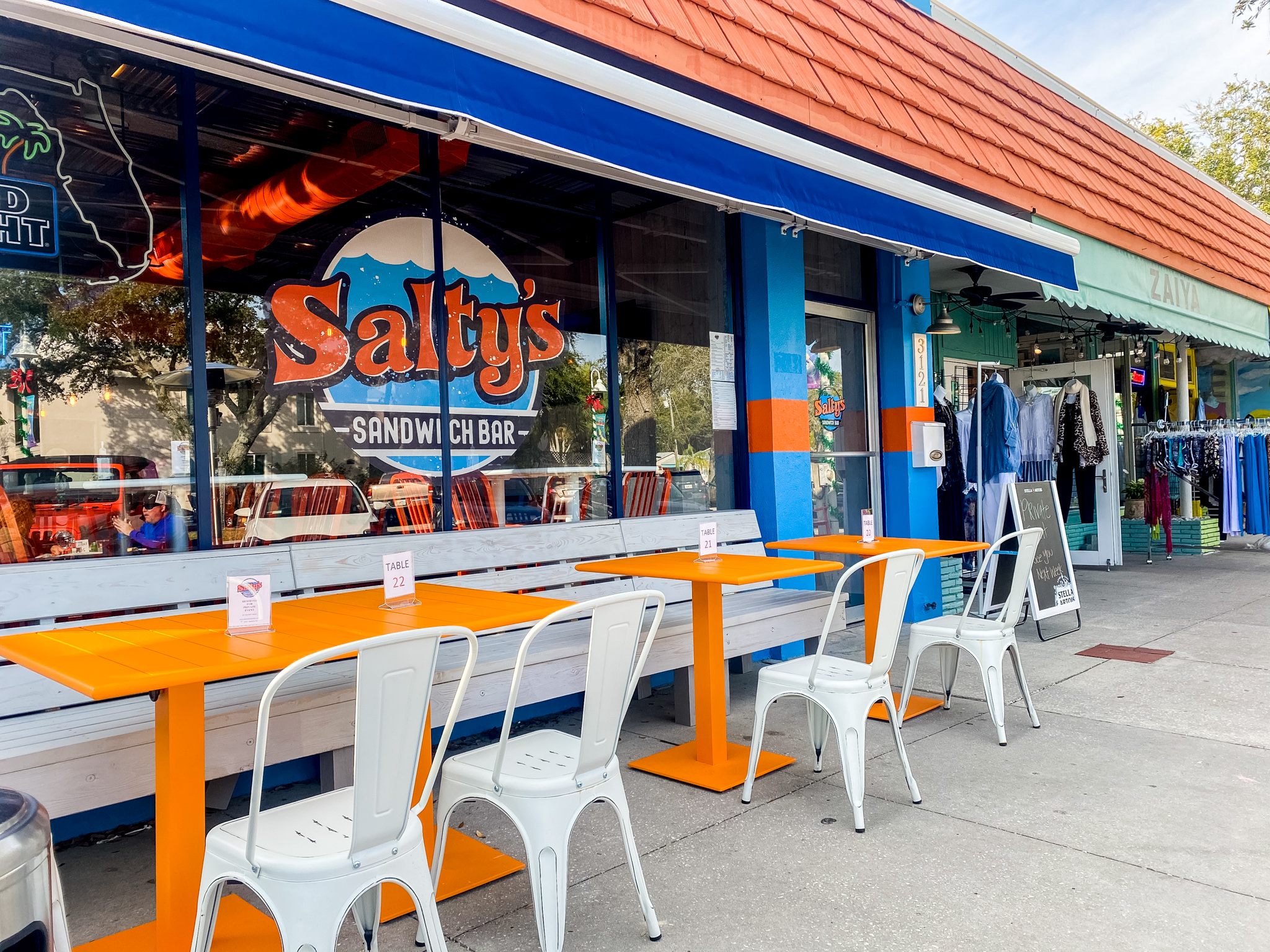 Salty's Sandwich Bar Exterior Store Front on Beach Blvd
