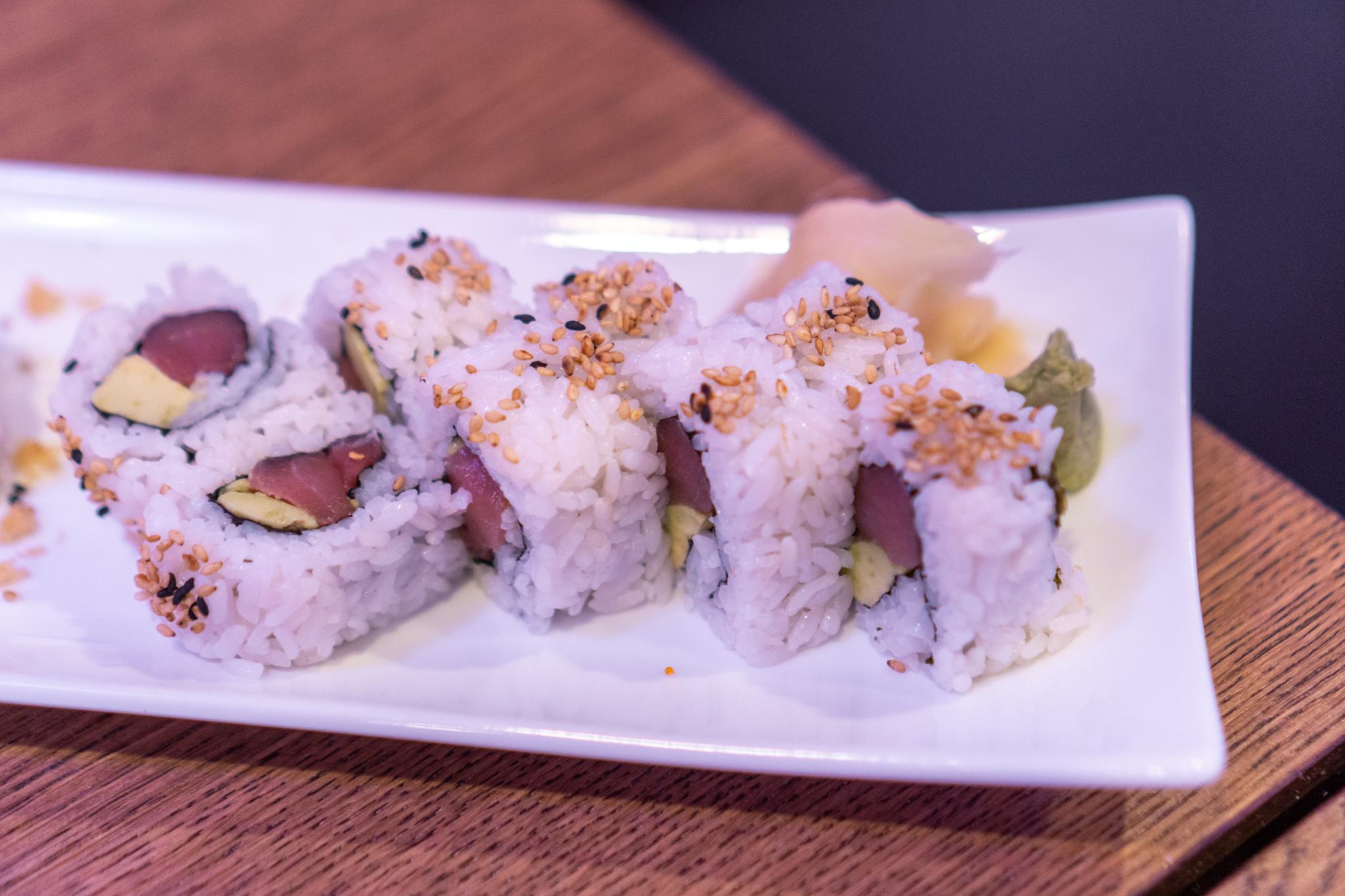 EBI Sushi Spicy Tuna Roll