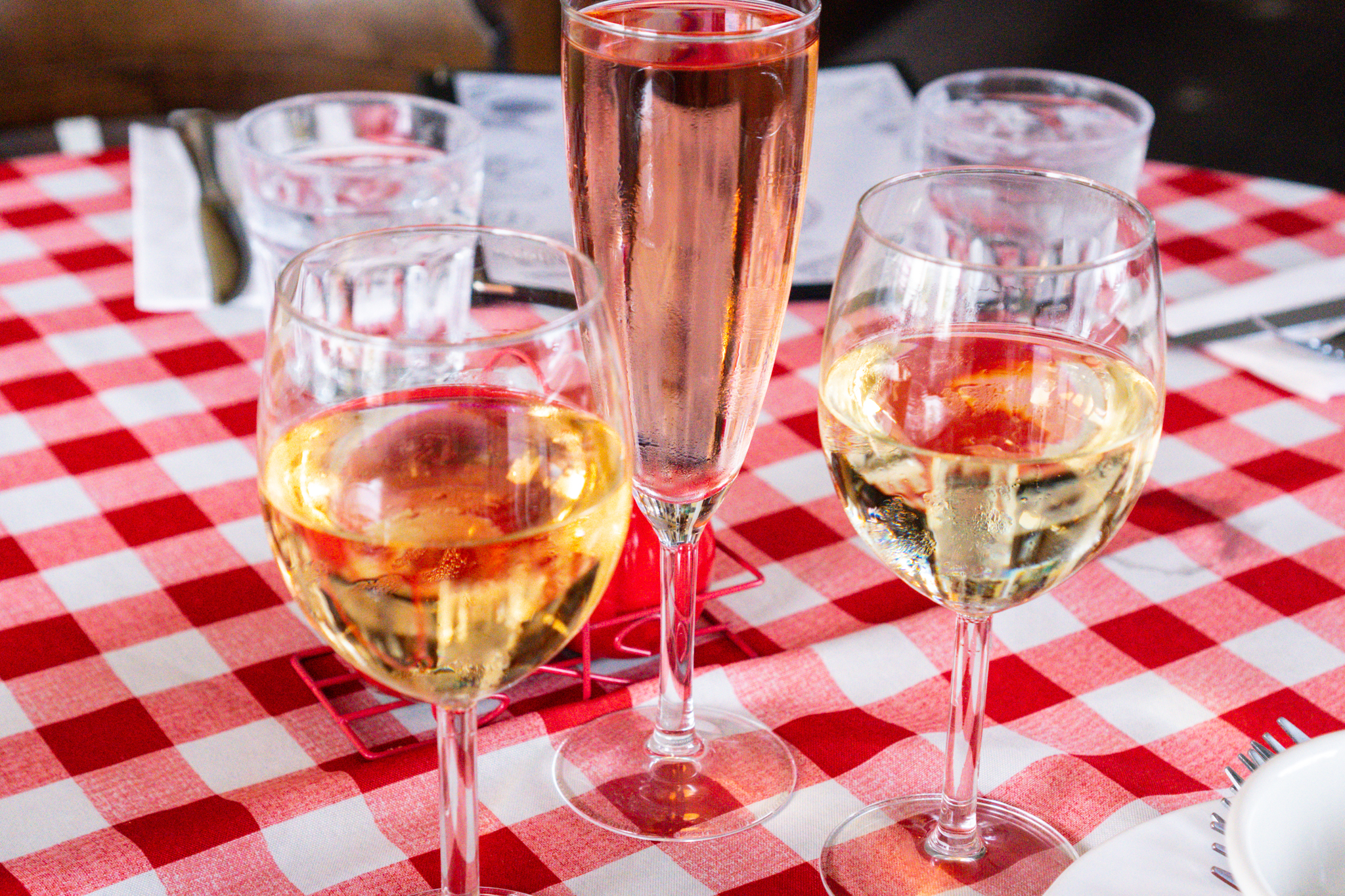 Alsace Pinot Gris d'Alace, Poinsettia, Sauvignon Blanc