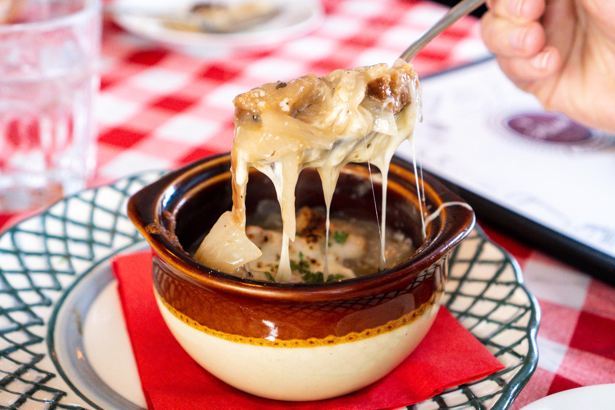 Alsace Soupe A L'oignon Gratinée Cheesiness