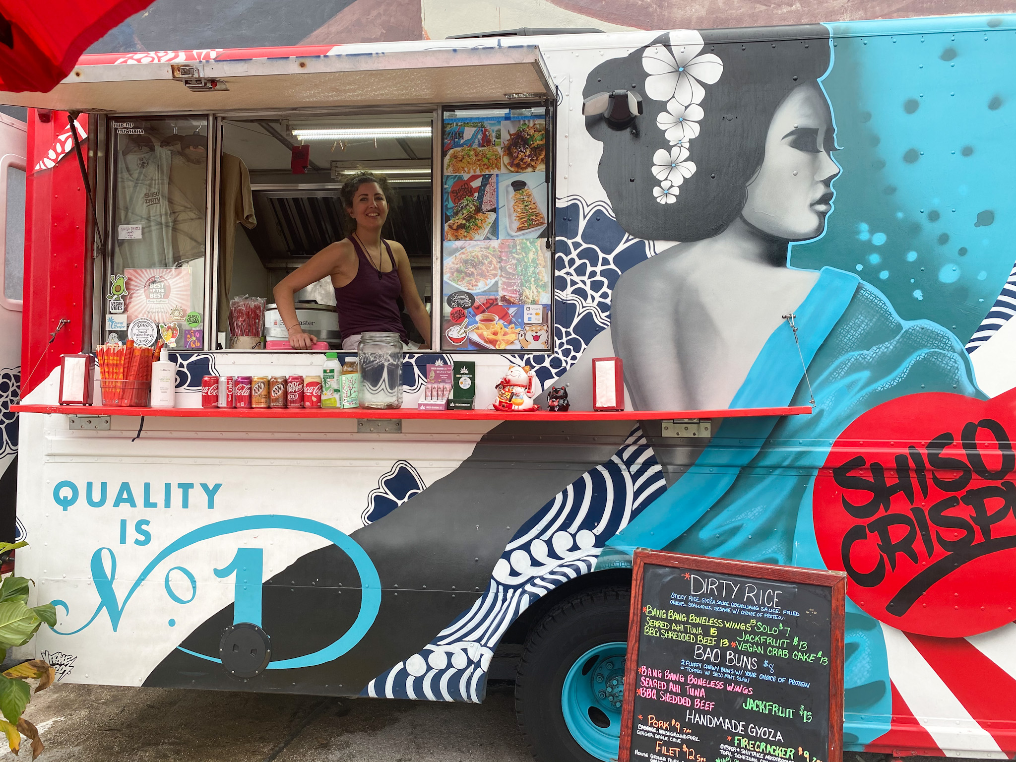 Ronicca and the Shiso Crispy truck at the Edge Collectie Urban Marketplace