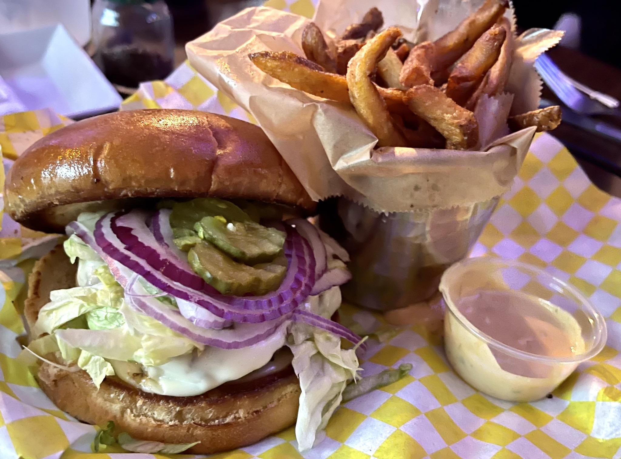 Shrimpys Cheeseburger