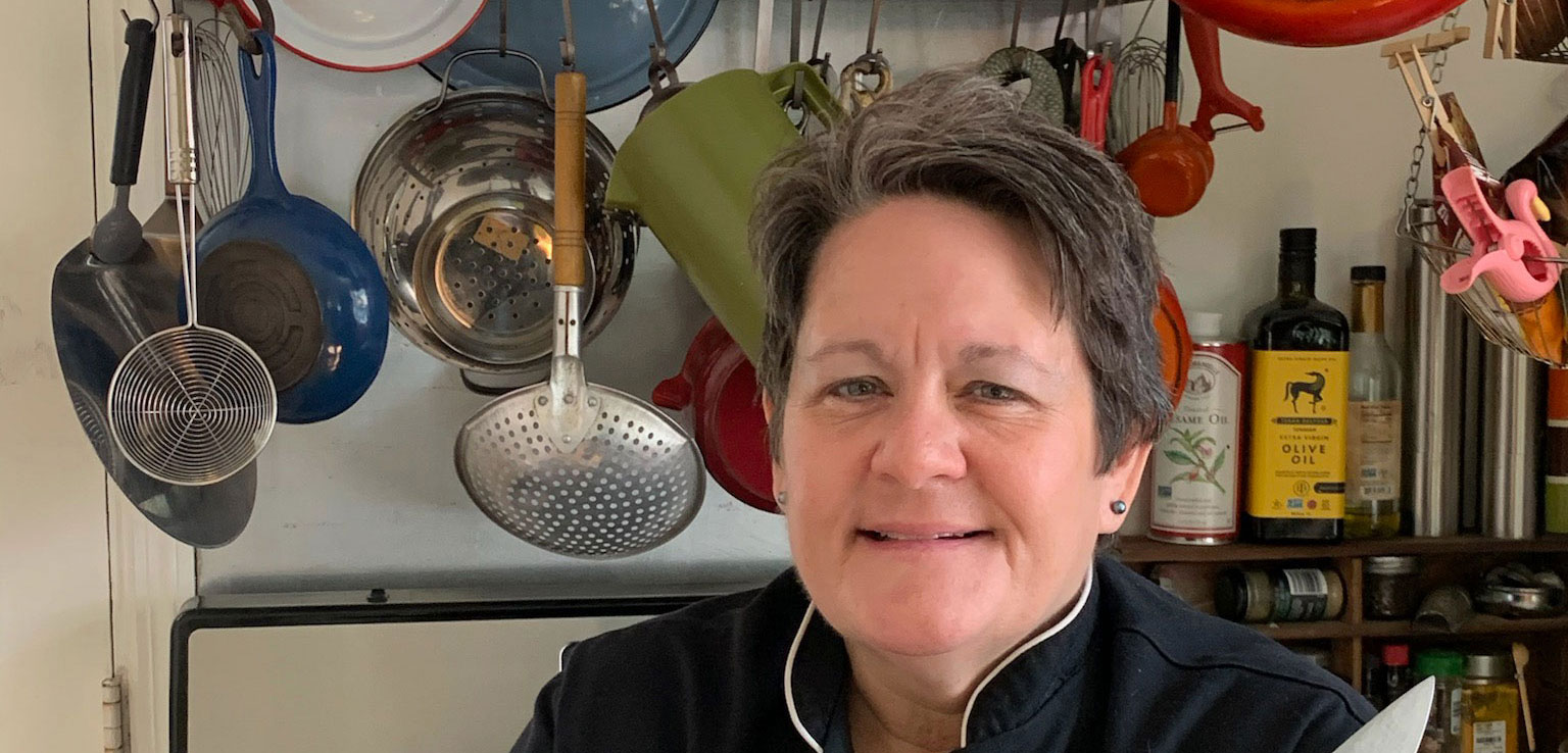 Interview with Chef Olive Davis from Salty's Sandwich Bar – St. Petersburg Foodies Podcast Episode 140