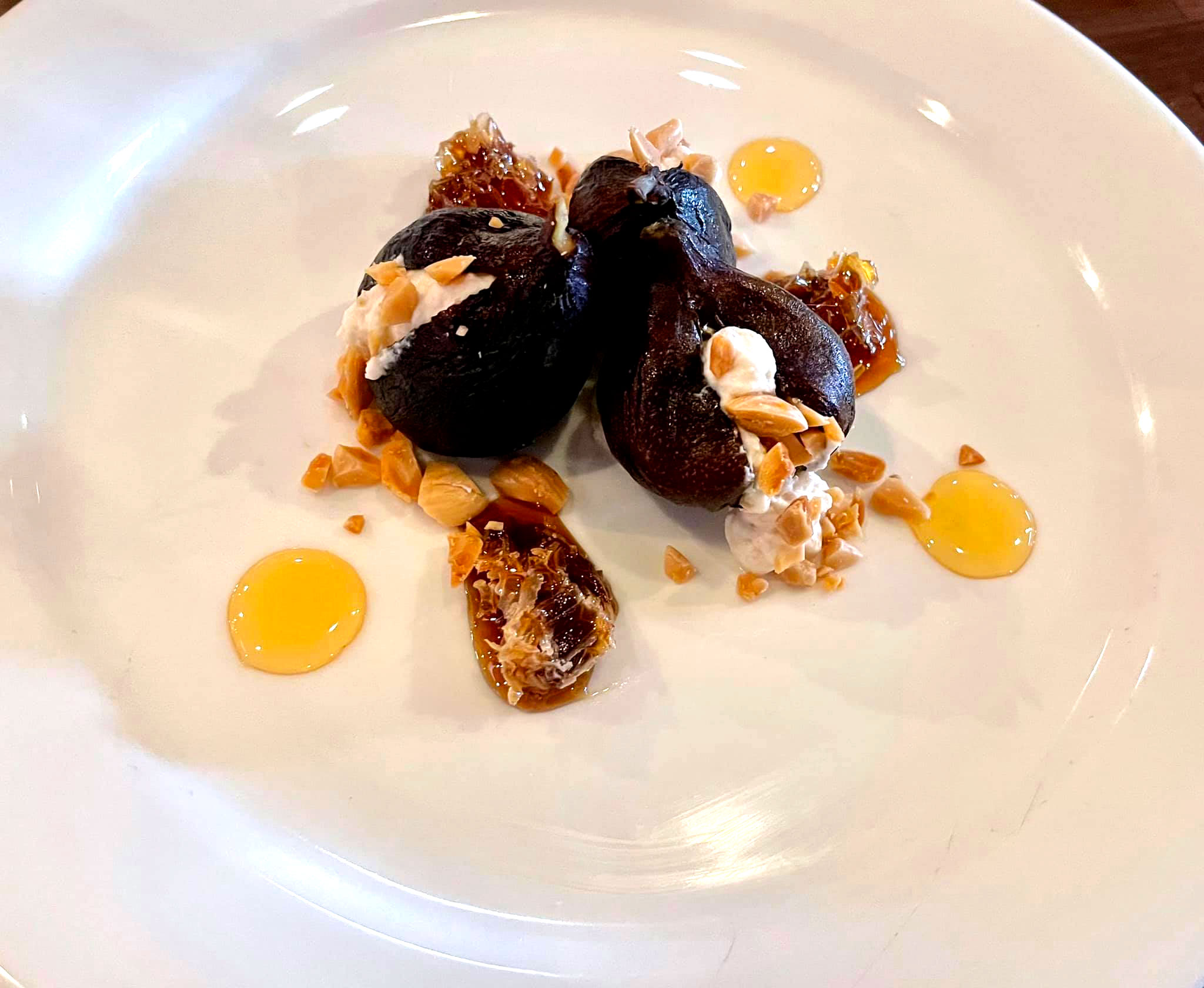 Stuffed Figs with two types of local Honey