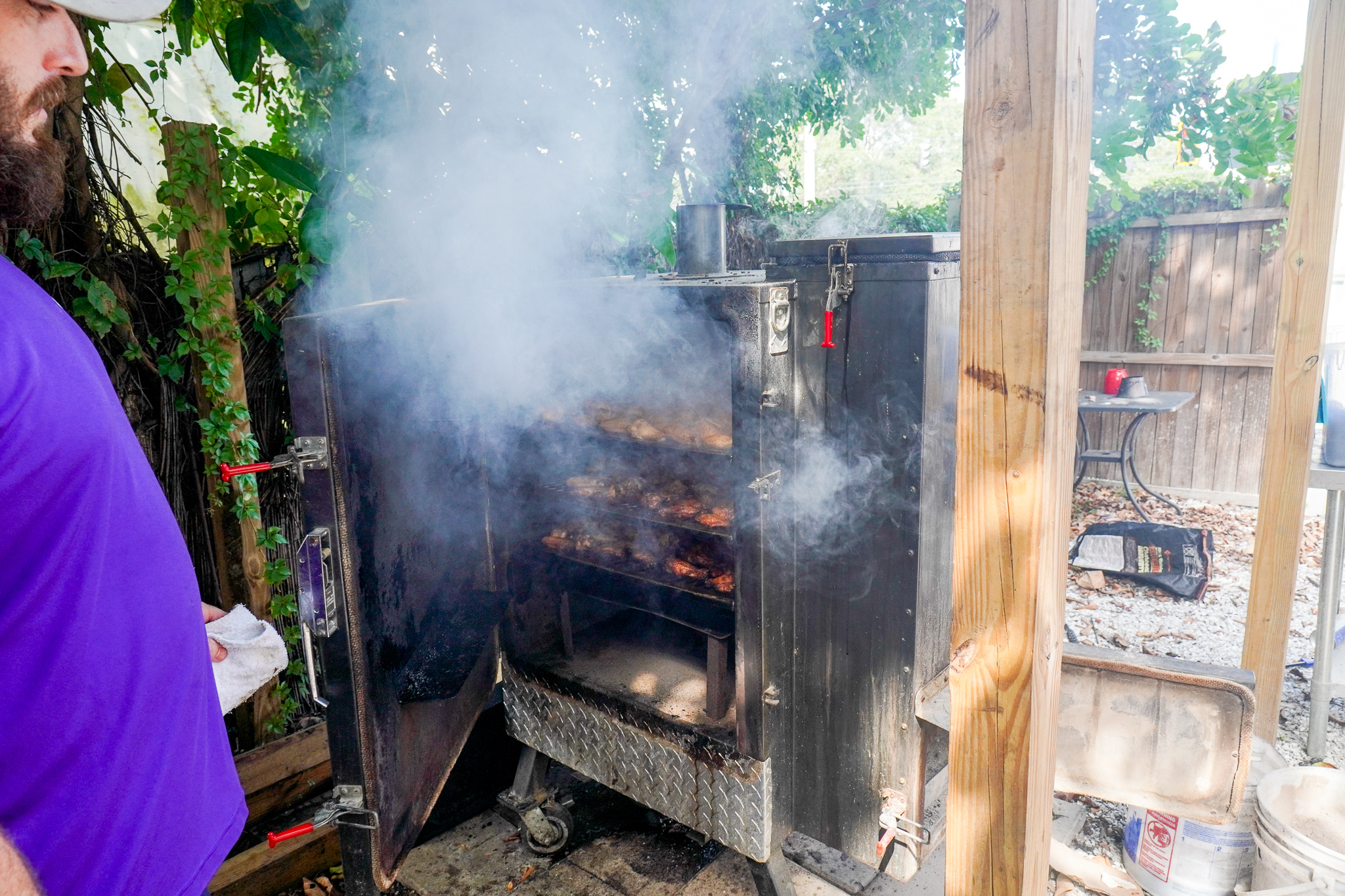 Mullet's Smoked Wings Out Back
