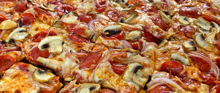 Calling All Pizza Foodies! Have You Ever Had Ohio-Style Pizza?